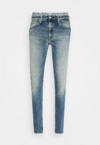 SLIM TAPER - Jeans slim fit - denim light