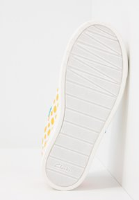 Clarks - CITY VIBE - Trainers - white - 5