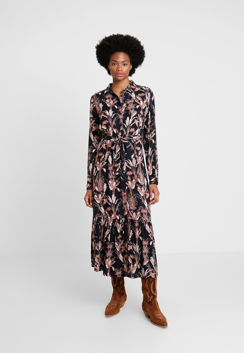Kaffe - KASTELLA SHIRT DRESS - Maxi dress - black deep