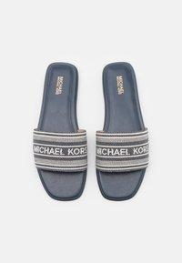 MICHAEL Michael Kors - SADLER SLIDE - Sandaler - navy - 4