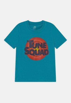SPACE JAM TUNE SQUAD LOGO TEE UNISEX - T-shirt print - teal