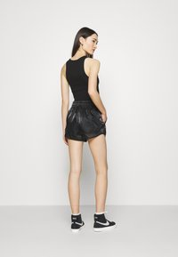 Nike Sportswear - AIR SHEEN - Shorts - black/white - 2