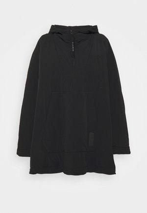 NIA - Cape - black