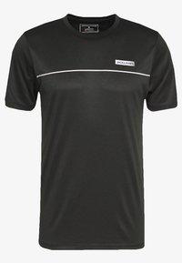 Jack & Jones Performance - JCOZSS PERFORMANCE TEE - Print T-shirt - black - 4