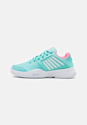 COURT EXPRESS CARPET UNISEX - Tenisové boty na umělý trávník - aruba blue/soft neon pink/white