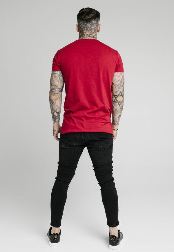 SIKSILK STRAIGHT HEM CHAIN BOX TEE - T-shirt z nadrukiem - dark red/ciemnoczerwony Odzież Męska XVCE