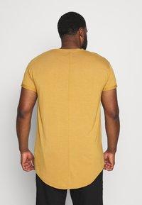 Topman - APPLE SCOTTY 2 PACK  - T-shirt - bas - multi - 4