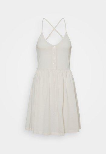VMADAREBECCA SHORT DRESS - Jerseykjole - birch