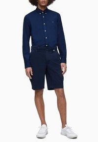Calvin Klein - Formal shirt - calvin navy - 1