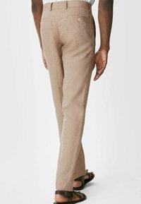 C&A - Spodnie materiałowe - beige - 2