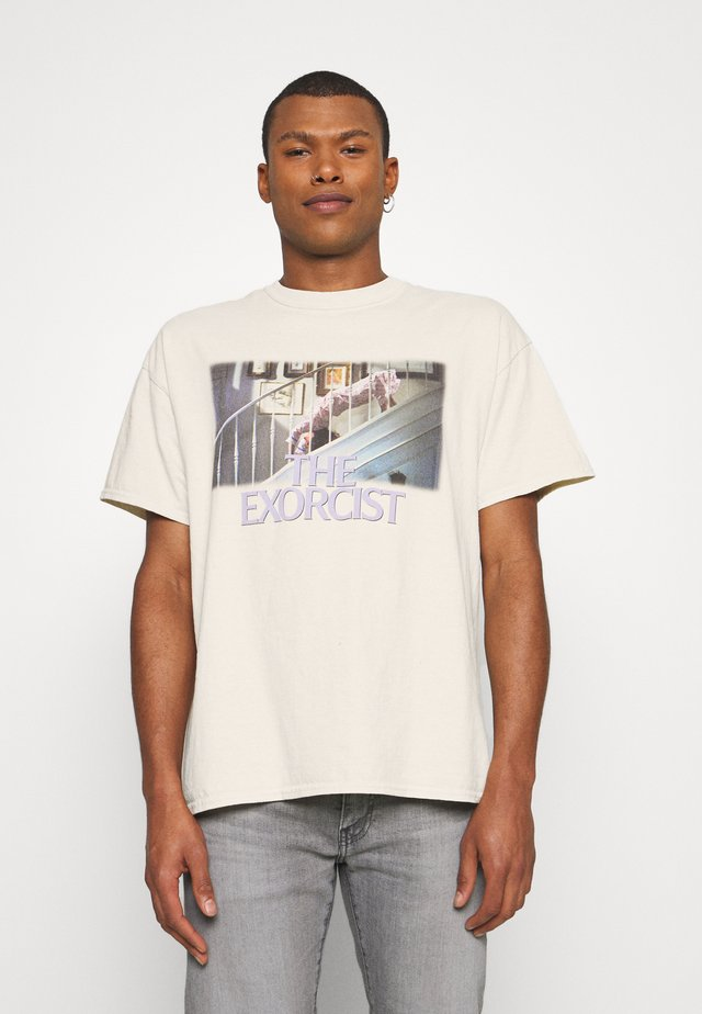 THE EXORCIST GRAPHIC WASHED TEE - T-shirt z nadrukiem - ecru