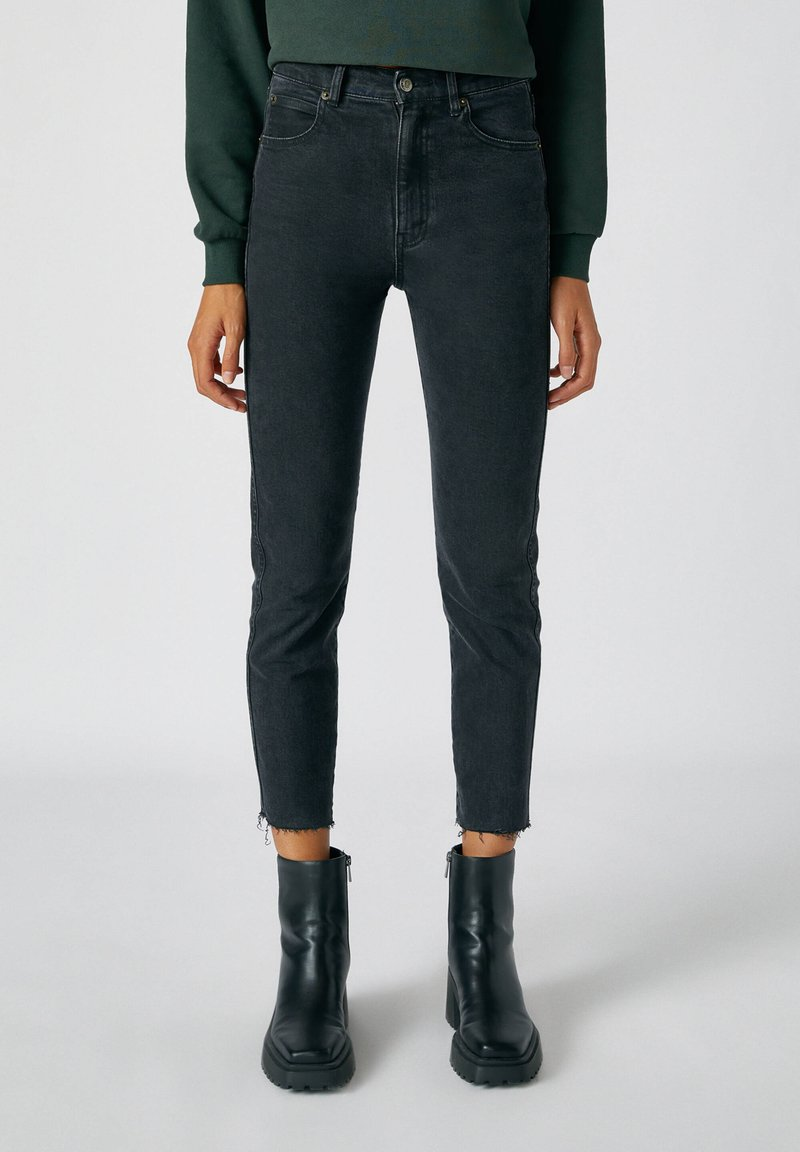 PULL&BEAR - Slim fit jeans - black