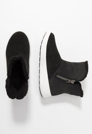 ANNE GTX - Winter boots - black