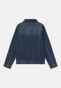 Guess - CORE JUNIOR - Denim jacket - deep light denim - 1