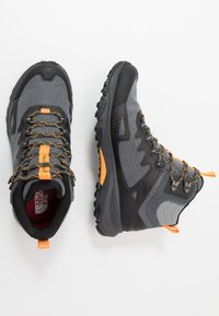 The North Face - M ULTRA FASTPACK IV MID FUTURELIGHT - Hiking shoes - dark shadow grey/griffin grey - 1
