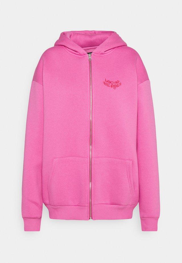 ROSÉ ZIP HOODIE - Huvtröja med dragkedja - dusty pink