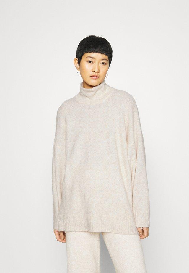 UNITE  - Sweter - off white