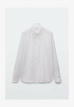SLIM FIT  - Formal shirt - white