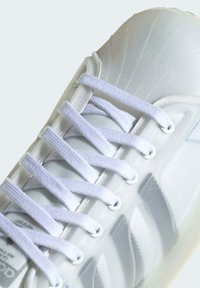 adidas Originals - SUPERSTAR FUTURESHELL - Trainers - white - 5