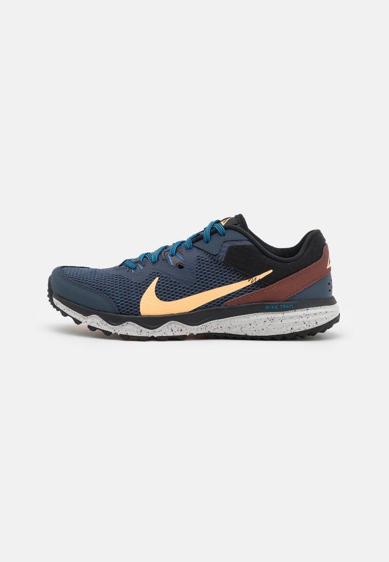 Nike Performance - JUNIPER - Běžecké boty do terénu - thunder blue/melon tint/dark pony/black/grey fog/light photo blue