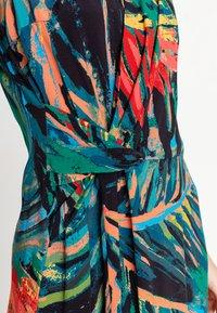 Ivko - TROPICAL MOTIF - Denní šaty - amazonas - 4