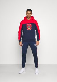 adidas Originals - Sweatshirt - red/collegiate navy - 1