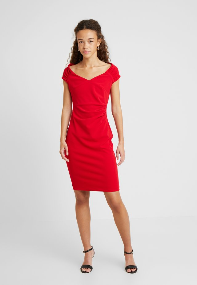 CANDICE - Shift dress - red