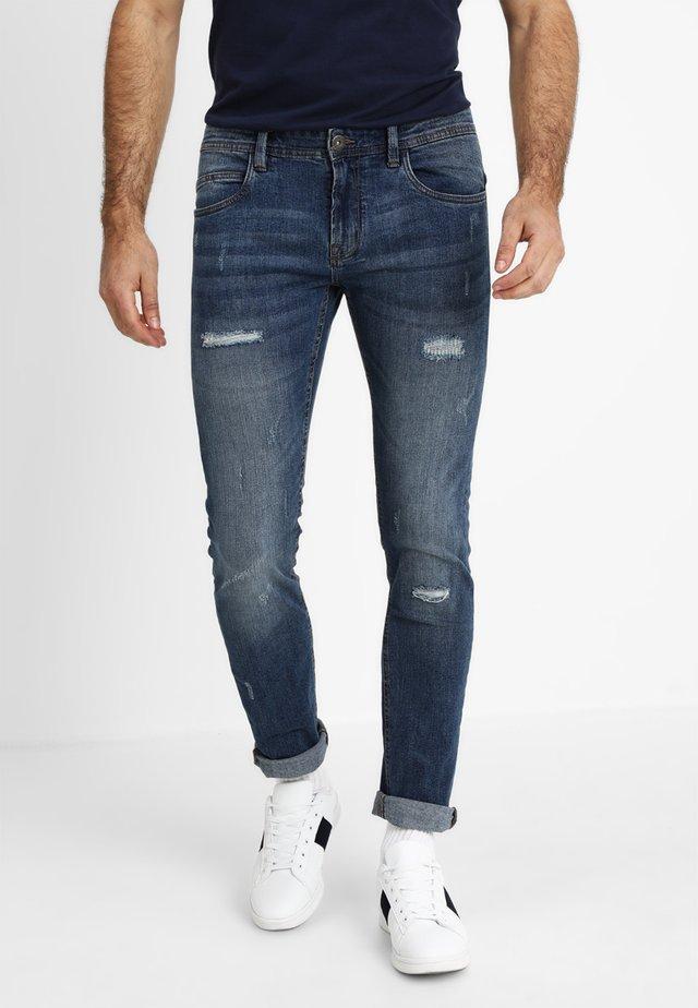 PALMDALE - Slim fit jeans - medium indigo
