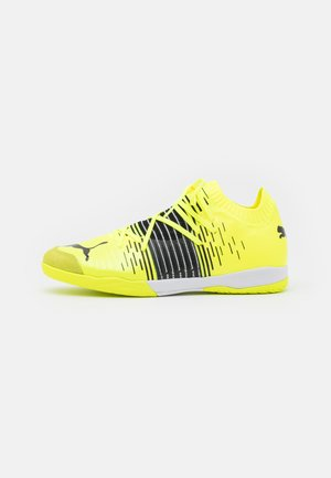 FUTURE Z 1.1 PRO COURT - Indoor football boots - yellow alert/black/white