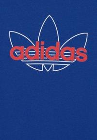 adidas Originals - OUTLINE TREFOIL UNISEX - T-shirt imprimé - team royal blue - 2