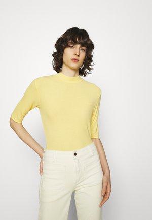 KROWN - T-shirts - lemon haze