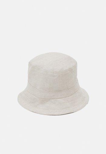BOB - Hat - sand