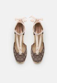 Coach - CARMEN JACQUARD  - Platform heels - oak - 4
