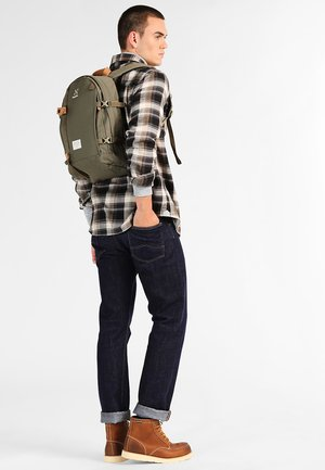 TIGHT MALUNG MEDIUM - Rucksack - sage green