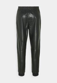 RIANI - Trousers - black - 1