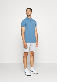 Cars Jeans - MEARNS - Shorts - grey - 1