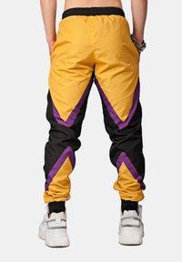 SEXFORSAINTS - TRI-COLOURED RACE PANT - Trainingsbroek - mustard yellow - 2