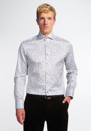 SLIM FIT - Skjorte - beige
