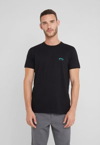 BOSS - Basic T-shirt - black - 0