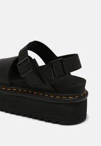 Dr. Martens - VOSS QUAD - Platform sandals - black hydro - 7