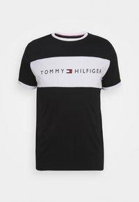 Tommy Hilfiger - TEE LOGO FLAG - Maglia del pigiama - black - 0