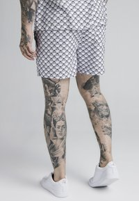 SIKSILK - MONOGRAM SWIM - Shorts da mare - white - 4