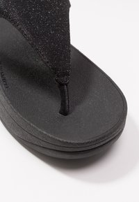 FitFlop - LOTTIE GLITZY - T-bar sandals - black - 2