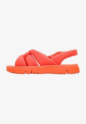 ORUGA - Sandaalit nilkkaremmillä - orange