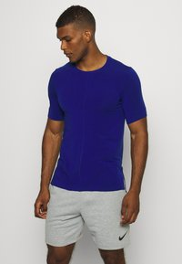Nike Performance - DRY YOGA - T-shirt basic - deep royal blue/black - 0