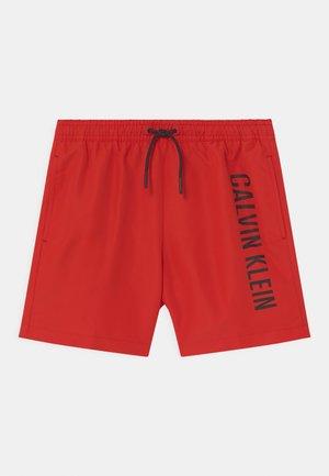MEDIUM DRAWSTRING - Swimming shorts - fierce red