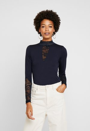 BLOUSE - Long sleeved top - salute