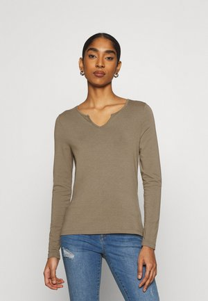 VMPANDA V NECK  - Long sleeved top - bungee