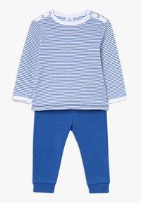 Sanetta - PYJAMA LONG BABY - Pyjamas - river blue - 0