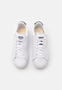 Puma - COURT STAR UNISEX - Joggesko - white/peacoat - 3